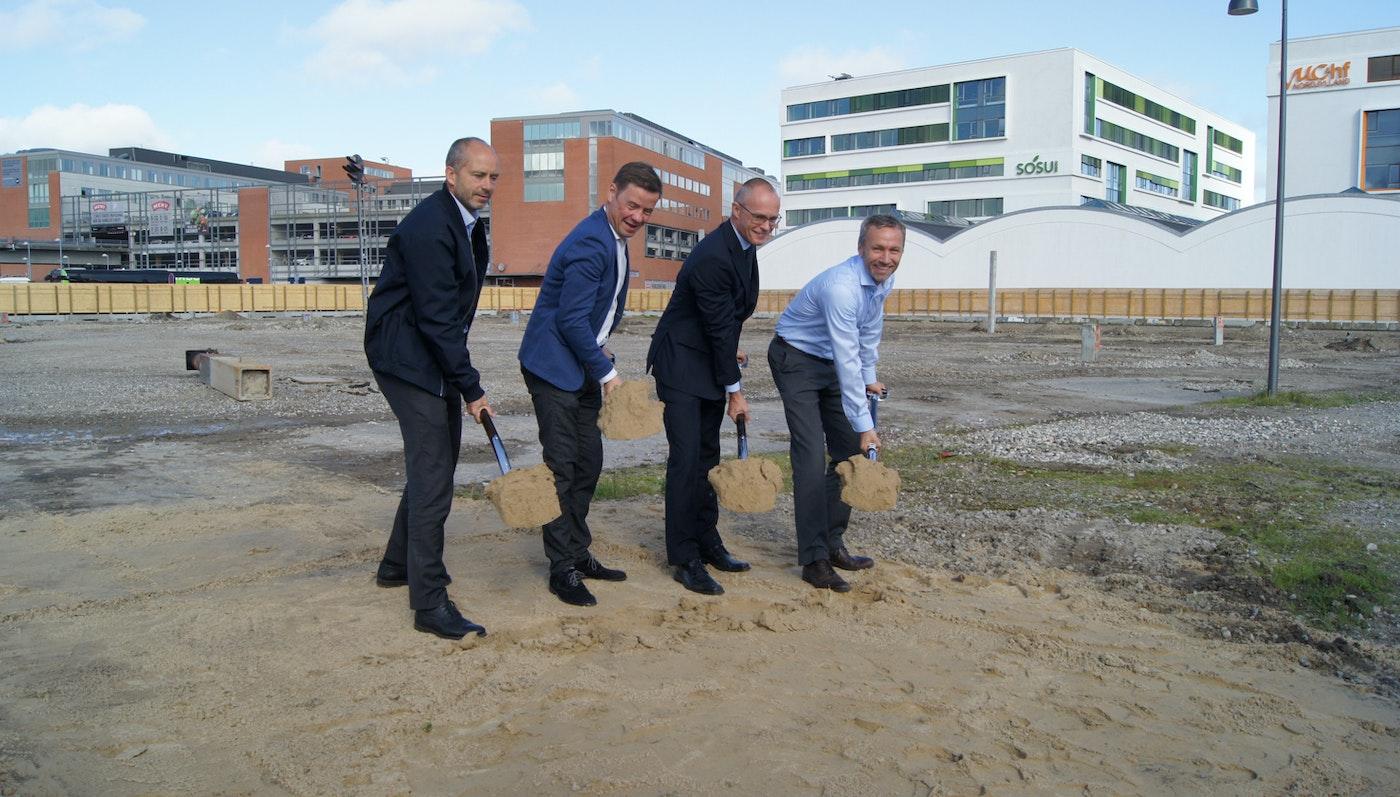 Første spadestik til 247 boliger og et nyt hotel i Aalborg